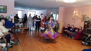 """Концерт в доме престарелых. Цыганский танец """"Венгерка"""" . Школа танцев """"Экспромт"""""""