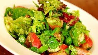 Салат с теплой курицей. Очень легкий фитнес рецепт.