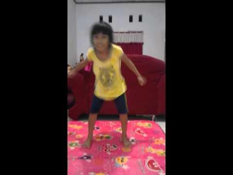 Dance Banggarang - Cheline Velna Kondoy