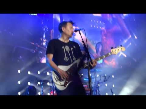 blink-182 - Kings Of The Weekend and Dysentary Gary (Live in Toronto, ON on August 21, 2016)