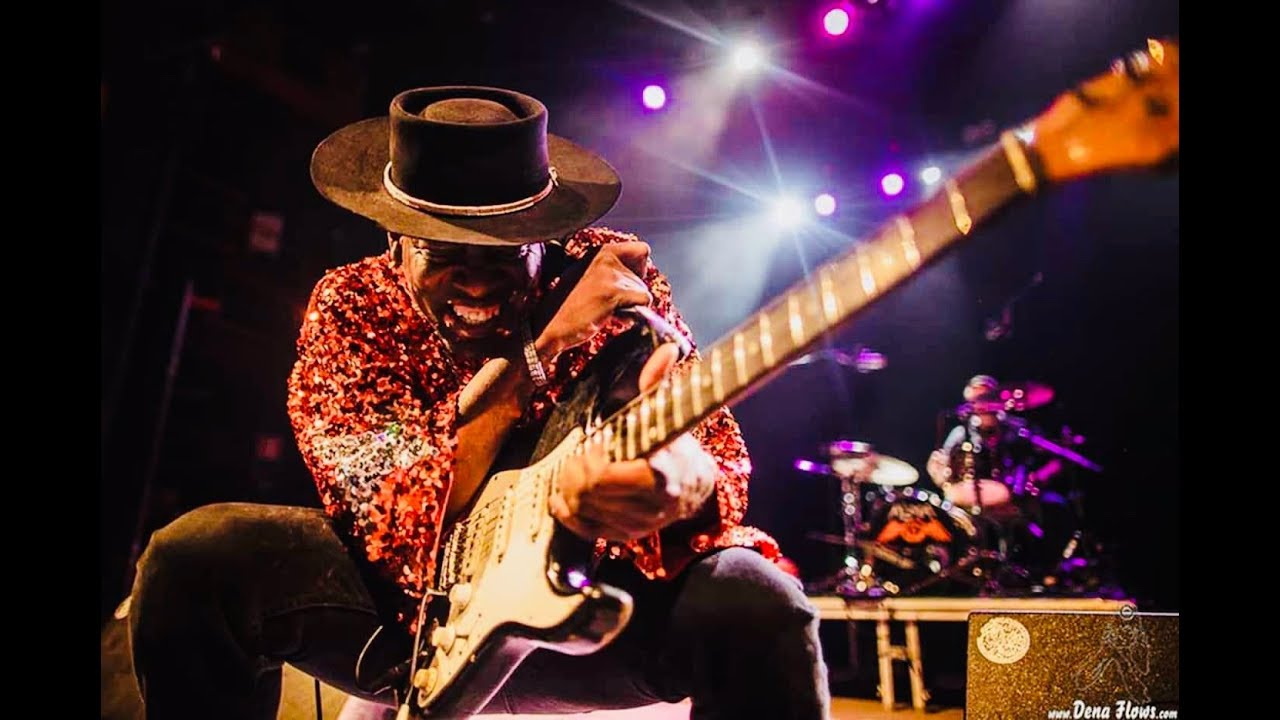 Carvin Jones live blues guitar performance Radio 3 Television Show Spain