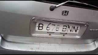 Талдыкорган, Водитель Honda поцарапал дверь Toyota Corolla и уехал.(, 2017-07-10T15:45:35.000Z)
