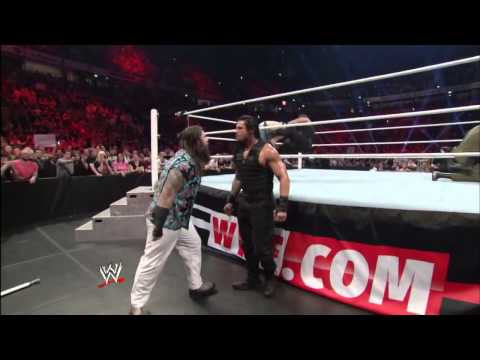 Fight between The Shield and The Wyatt Family (WWE Monday Night Raw, 13.11.2013)