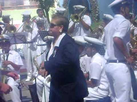 Banda del colegio Honorio Delgado Espinoza