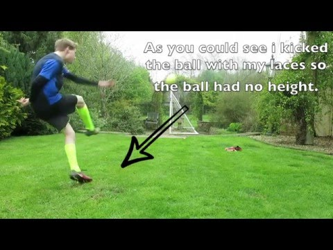 Goalkeeper tutorial's:  How to take a goal kick