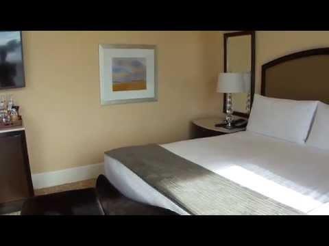 Beverly Hilton Junior Suite Room 454