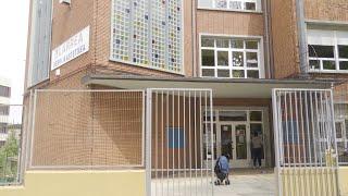 Explican pelea con arma blanca entre padres en colegio de Barakado
