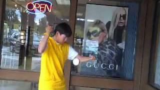 Thomas Wu Yoyo Video