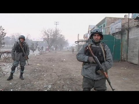 Afghanistan: Taliban suicide attack on government building in Kabul