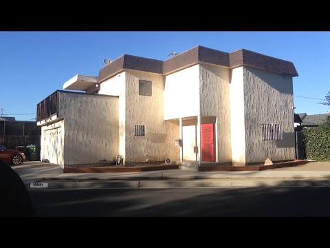 TDW 1230 - Playboy Playmate MURDER HOUSE : Dorothy Stratten