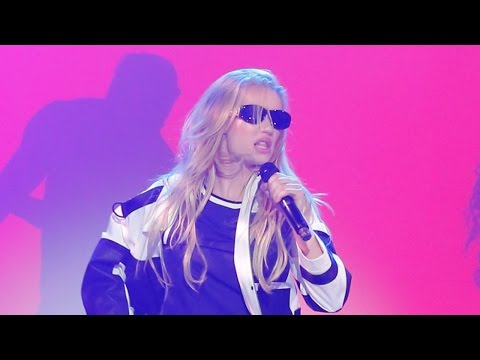 Eminem Feat.Tyga - Fallin (NEW SONG 2016) from YouTube · Duration:  3 minutes 5 seconds