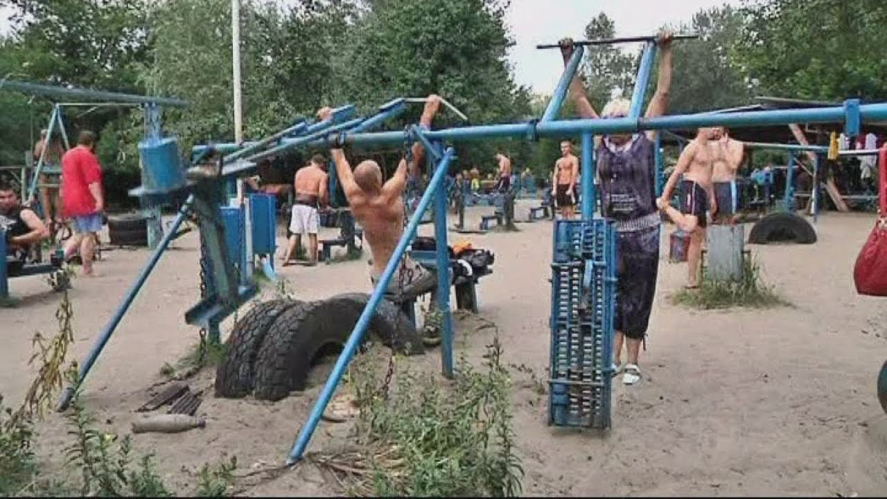 Hardcore Outdoor Gym In Kiev Has Equipment Made From Wwii