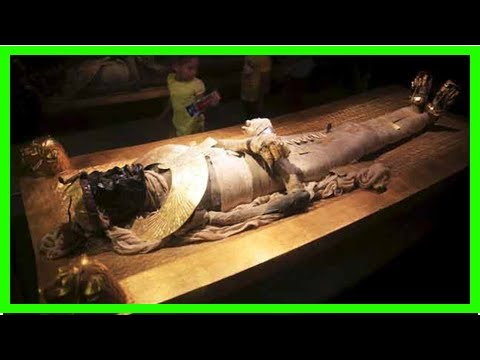 World News - Egypt shows artifacts, mummies from the Tomb in the ancient city of luxor
