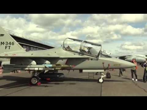 El M-346 FT versión de Combate es lanzado por fabricante del Spartan C27J (Leonardo)en FIA 2016