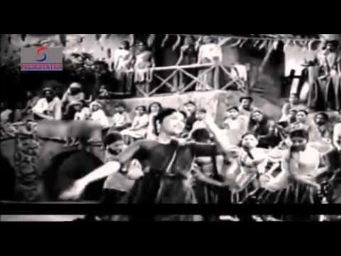 Holi Ki Aayi Bahaar - Lata Mangeshkar - ANJAAN - Vyjayanthimala, Pradip Kumar