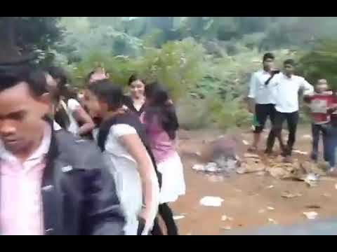 Odia College Picnic Dance By College Students On A Sambalpuri Track Odia College Girl Dance Videoad