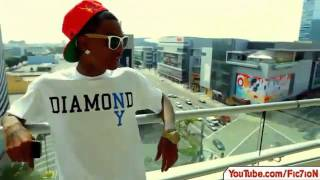 Soulja Boy - Smoke Weed & Buy Shoes (Official Video)(Soulja Boy - Smoke Weed & Buy Shoes (Official Video), 2011-10-30T01:31:30.000Z)