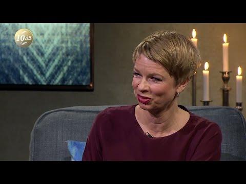 Linn Ullmann skriver bok om sina föräldrar - Malou Efter tio (TV4)