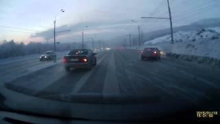 Мурманск ДТП Кольский 130115(Новая подборка дтп и авария произошедших в 2015 году Ваше видео вы можете прислать ВКонтакте http://vk.com/iramakieva..., 2015-05-08T07:36:19.000Z)