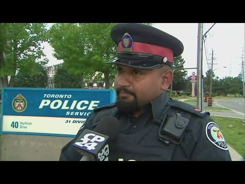 Toronto officer gives shoplifter a second chance