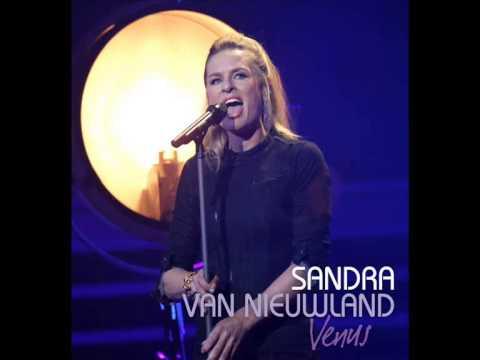 Sandra van Nieuwland - Venus (Official Photovideo)