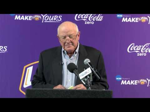 University of North Alabama Bobby Wallace Retirement Announcement