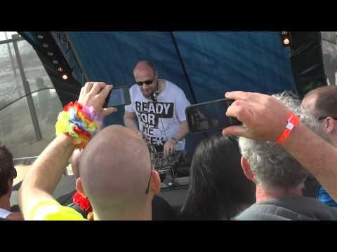 Ronny K pres. EOYC - Morning Light ( EOYC Anthem ) at Luminosity Beach - Zandvoort (NL)
