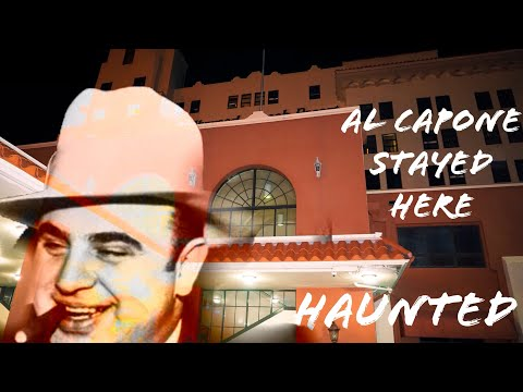"""Exploring A Haunted Historic Seaside Resort At 3AM """"Hollywood Beach Resort""""...Al Capone Lived Here!"""