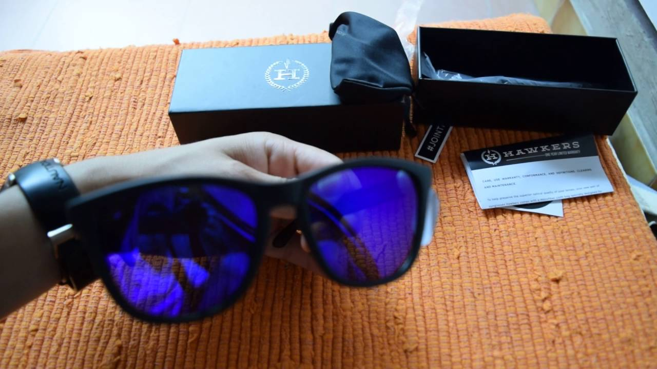 63c99d4923 HAWKERS CARBON BLACK - SKY ONE SUNGLASSES - UNBOXING AND QUICK LOOK ...