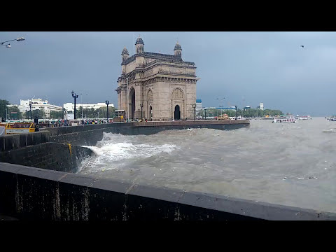 High Tide in Mumbai - Gateway of India | 29th August 2017