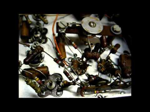 "Repair of a Pilot model T601 ""pilotuner"" FM tuner from 1947"