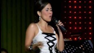 Rachel Alejandro and Dingdong Avanzado sing 90's Medley