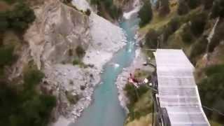 Экстрим прыжки с моста! Круто!