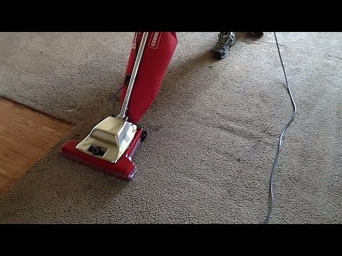 Sanitaire SC899F Commercial Vacuum Set To Full Height