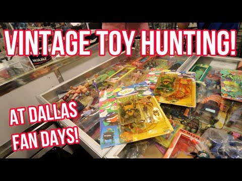 Toy Hunting At Dallas Fan Days With NARC, Cincy Nerd & Grecofabulous 2019