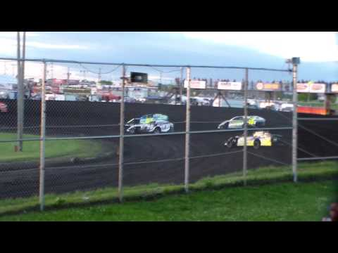 Modified Heat 2 @ Boone Speedway 05/27/17