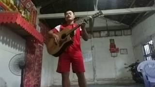 Cây đàn ghi ta của đại đội 3 guitar