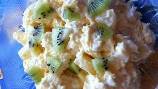 Оригинальный салат с ананасом и сыром