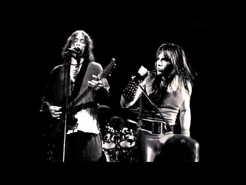2 Putas to Midnight | Mashup Extremoduro - Iron Maiden