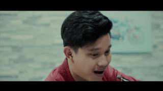 Video Virgoun - Surat Cinta Untuk Starla (official music video Cover By Rais Rusandi) download MP3, 3GP, MP4, WEBM, AVI, FLV Maret 2018