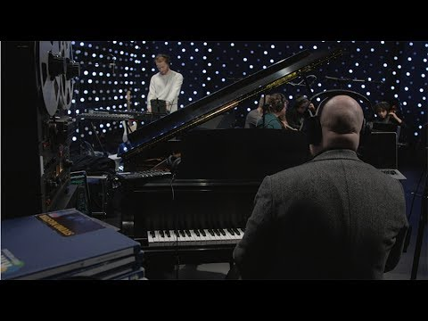 Jóhann Jóhannsson - De Luce Et Umbra (Live on KEXP)
