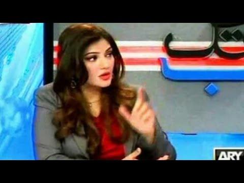 Pakistani Analysts on India's Education System | Pakistan Media on India
