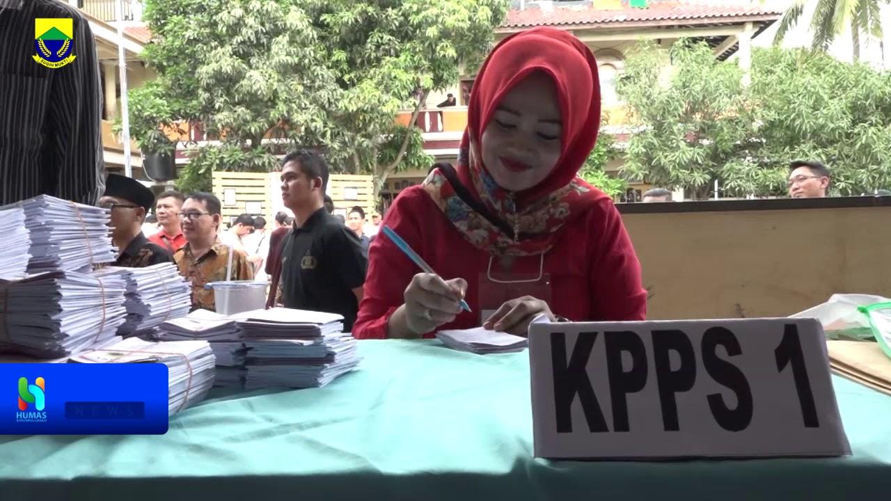 PLT Bupati Melakukan Pencoblosan Dan Memonitoring PILKADES di Beberapa Desa, Minggu 23 Februari 2020