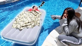 GIRLFRIEND WAKES UP IN THE SWIMMING POOL!!!