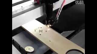 Reci Z4 100W laser cutting machine work on wood for cutting 10mm depth