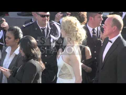 "Cannes Closing Ceremony - Lea Seydoux and more on ""Zulu"" red carpet"
