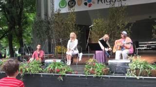 """Vērmanes dārza folkfestivāls """"PAŠĀ RĪGAS VIDUCĪ"""