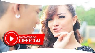 Sembilan Band - Zaskia - Official Music Video - Nagaswara
