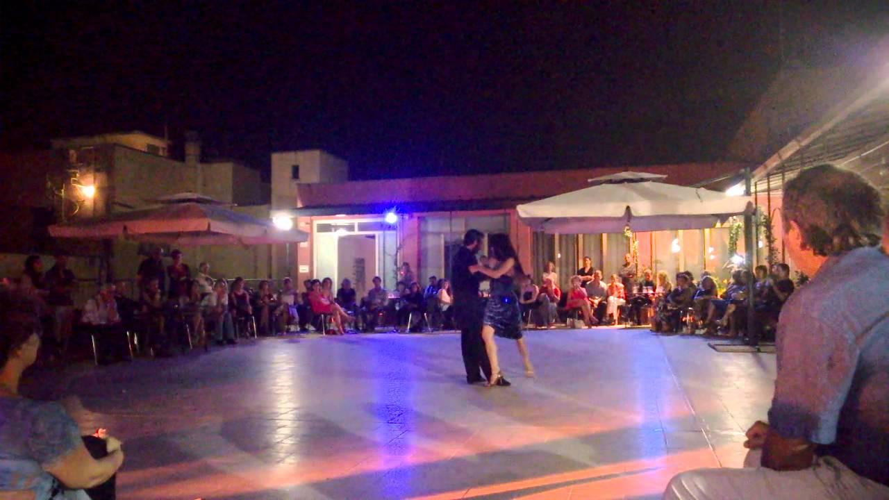Claudia Fusillo e Mariano Navone - tango alla terrazza Aldrovandi ...