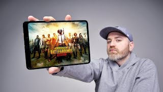 Download Gaming On The Samsung Galaxy Fold Mp3 and Videos